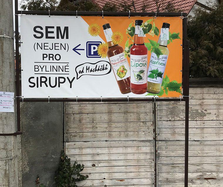 Tvorba banneru Od Macháčků